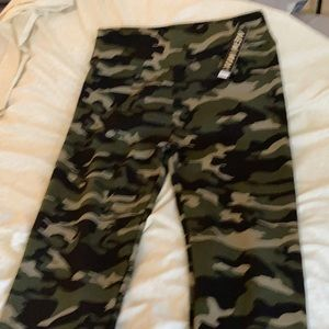 Women's army green leggings
